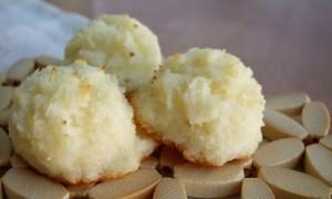 Coconut Macaroon Bites *