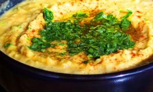 Quick & Easy Hummus *