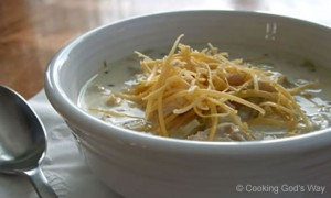 Creamy White-Bean Chicken Chili *
